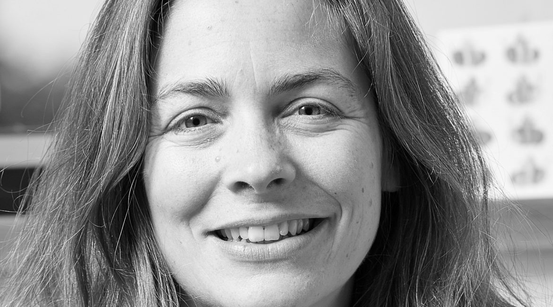 Cathy Creswell headshot black and white